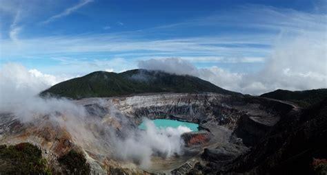 costa rica turisti per caso vulcano poas viaggi vacanze e turismo turisti per caso