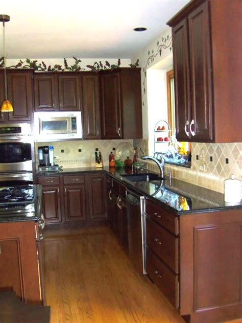 refinish oak kitchen cabinets oak park kitchen cabinet refinishers 630 922 9714