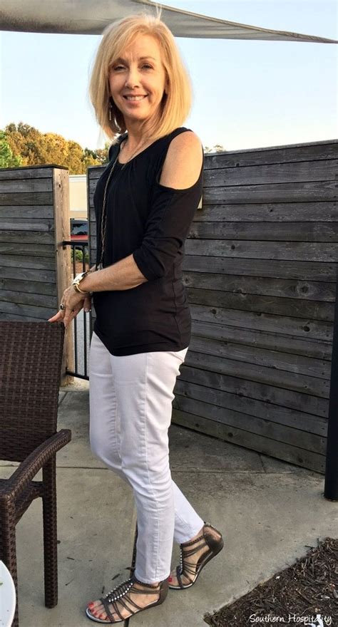 outfits for women over 65 yoga clothing for women over 50