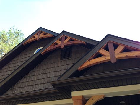 Gable Peak Cedar Gable Bracket Details Are Truly Craftsman Style At
