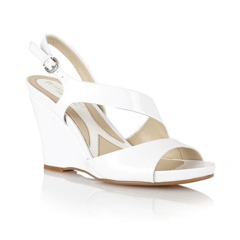 white wedge sandals fashion