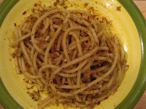 pasta di pistacchio fatta in casa sagra dei maccaruni tunni e degli strozzapreti zero