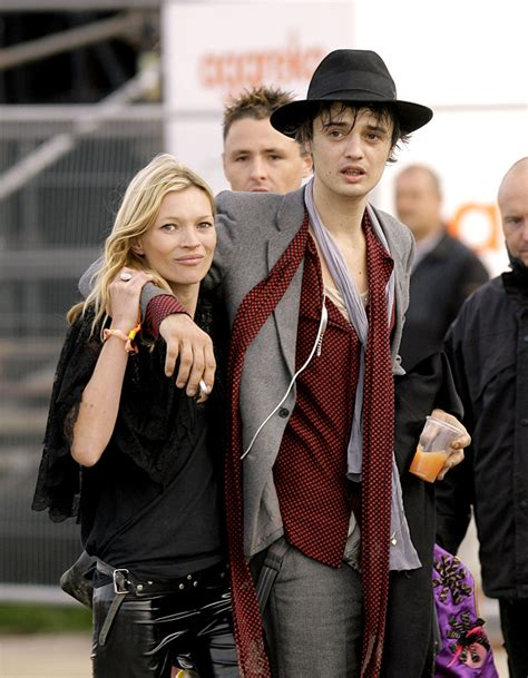 Kate Moss And Pete Doherty In Rehab Together by Pete Doherty Les Ex De Kate Moss Que Vous Aviez Oubli 233 S