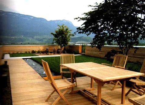 Lu Gantung kreasi lu teras gantung bahan kayu model kursi santai