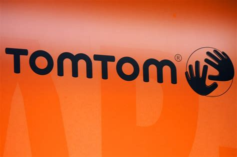 11 Year Signs Book Deal by Uber Signs Global Multi Year Deal With Tomtom For Maps And