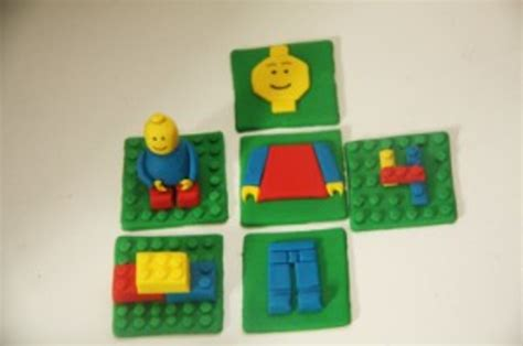 tutorial lego man how to make lego cupcake toppers cakecentral com