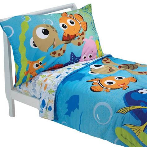 finding nemo bedding finding nemo friends toddler bedding set comforter sheets