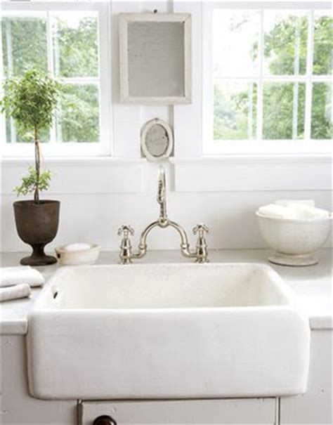 White Porcelain Farm Sink by Shorely Chic Farmhouse Sinks