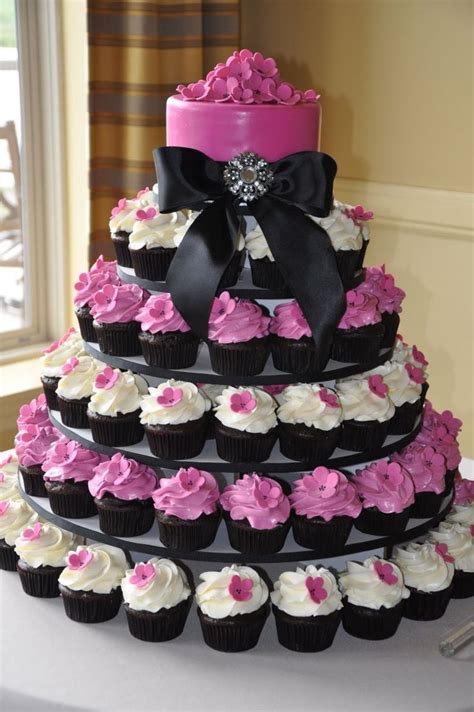 Wedding Cake With Cupcakes by Best 25 Cupcake Tree Ideas On Wedding