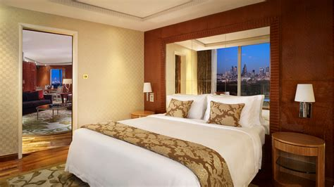 london hotels with 2 bedroom suites london hotel suites with 2 bedrooms lowndes park tower