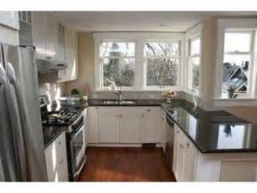 White Or Black Kitchen Cabinets Black Kitchen Cabinets With Granite Countertops Images
