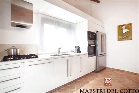 migliori pavimenti per interni quali sono i migliori pavimenti in cotto per interni citt 224