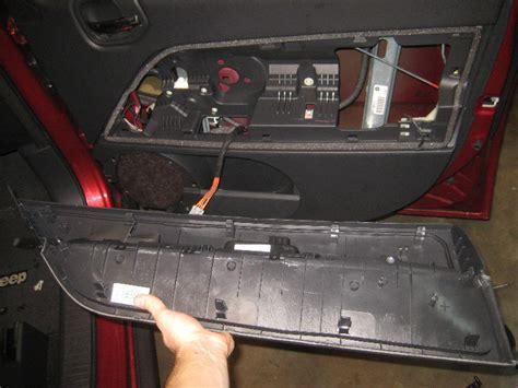 jeep patriot interior 2016 2007 2016 jeep patriot interior door panel removal guide 096