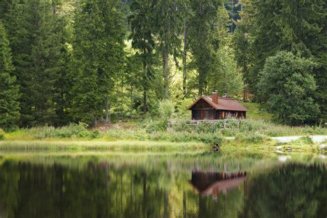 Einsame Hütte Am See Mieten by Eine Einsame H 252 Tte Am See Foto Bild Landschaft Bach