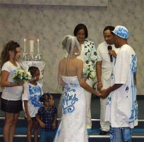 Wedding Announcement Dresses by 23 Horrendous Wedding Dress Fails Buzzbeagle