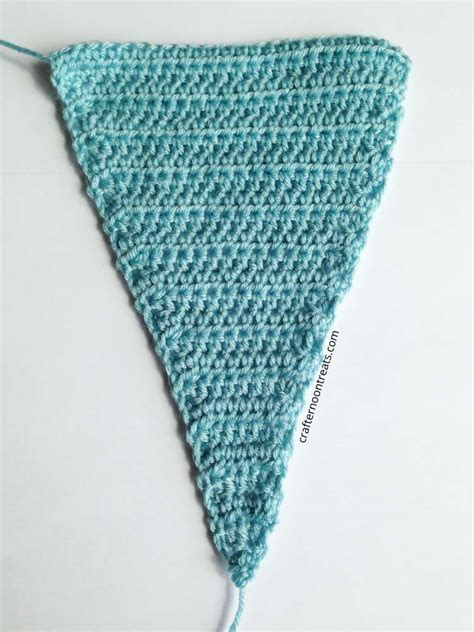 triangle pattern for bunting crochet bunting pennant free tutorial crafternoon treats