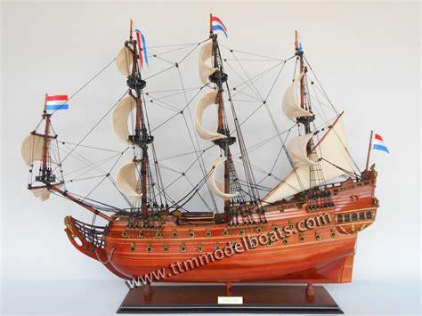 schip friesland friesland houten model boot te koop historische