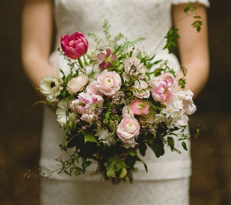 Wedding Bouquets New Zealand by New Zealand Winter Wedding Danelle Dirk