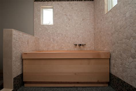 hinoki bathtub japanese style soaking tub give asian accent to your