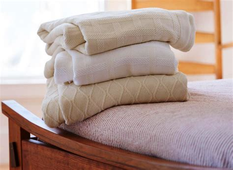 What Is The Softest Material For A Duvet Cover by Softest Blanket Material House Photos