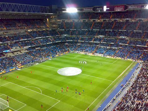 imagenes informativas simbolicas de un estadio de futbol file estadio de futbol santiago bernabeu jpg wikimedia
