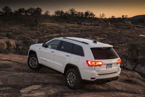jeeppass rims jeep recalling grand cherokees for alternator problems