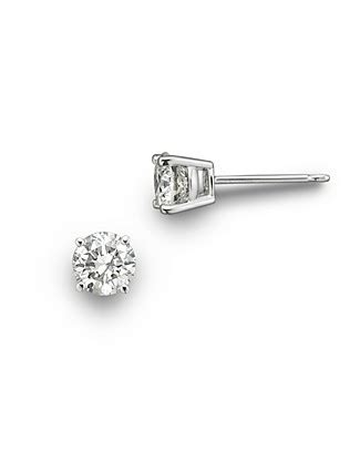 Gq 61509 White Sale Special Event colorless certified stud earring in 18k
