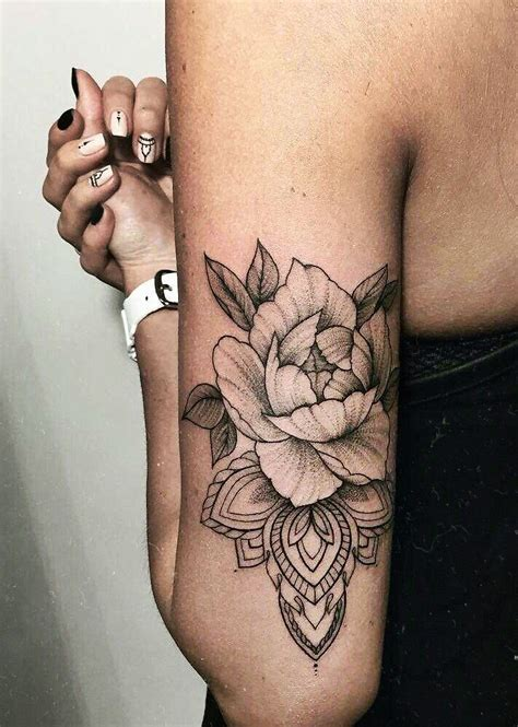 Love The Realistic Flower Over The Mandala Tattoos Flower Tattoos Designs 2