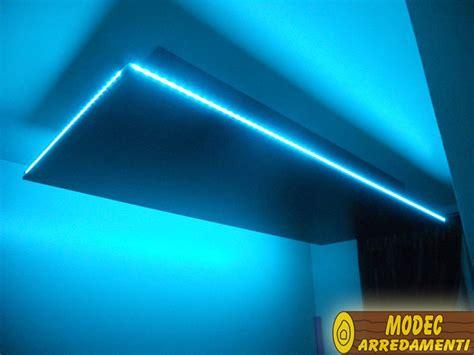 immagini soffitti colorati controsoffitti e boiserie in legno modec arredamenti