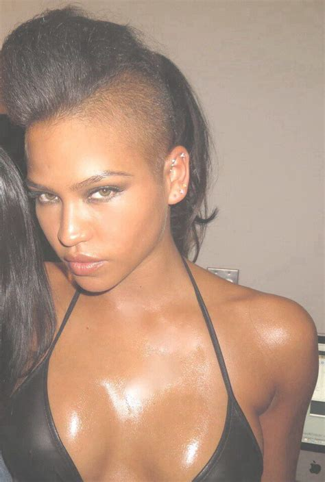 hot women with shaved heads list of sexy bald female hair lovers cassie ventura hair growing and headshave
