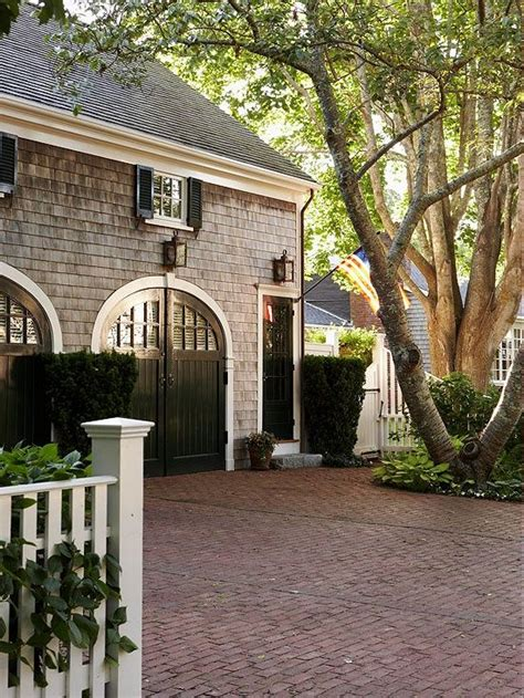 1000 ideas about carriage house 1000 ideas about carriage house garage on carriage house covered walkway and