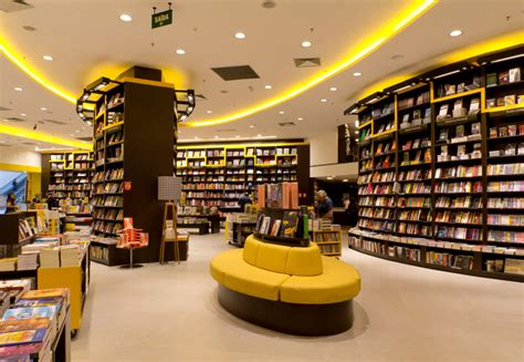 bookstore interior design with yellow color at s 227 o paulo 5