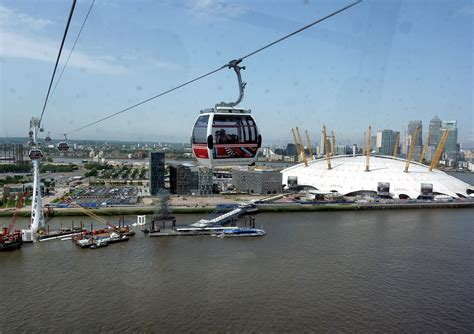 emirates london office laura s london checking out the new cable car over the