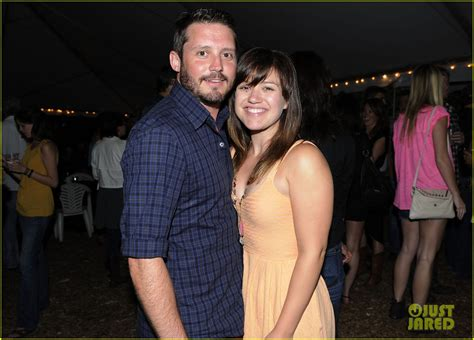 kelly clarksons husband cheating brandon blackstocks ex kelly clarkson is living happily with her husband brandon