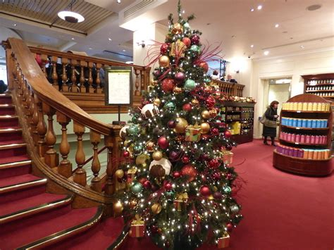 fortnum and mason tree decorations which store has the best department londonist