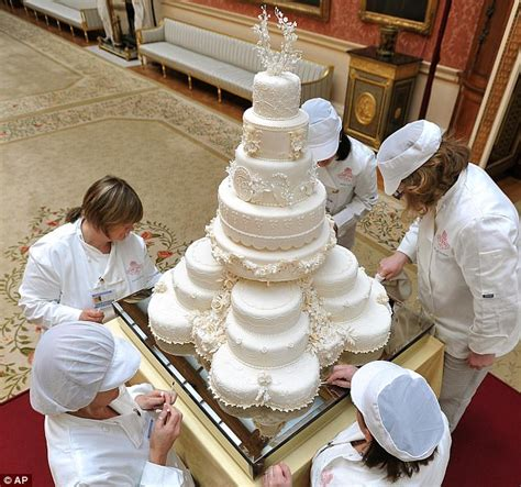 Home Decoration Shop Online by Royal Wedding Cake Kate Middleton Requested 8 Tiers