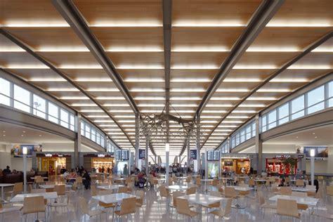 Blue Cross Blue Shield sacramento international airport smf central terminal