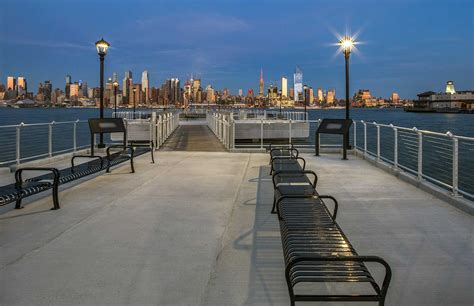 weehawken s lincoln harbor has a brand new waterfront