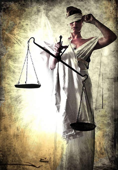 imagenes de la justicia herida 191 justicia ciega izquierda unida en gord 243 n