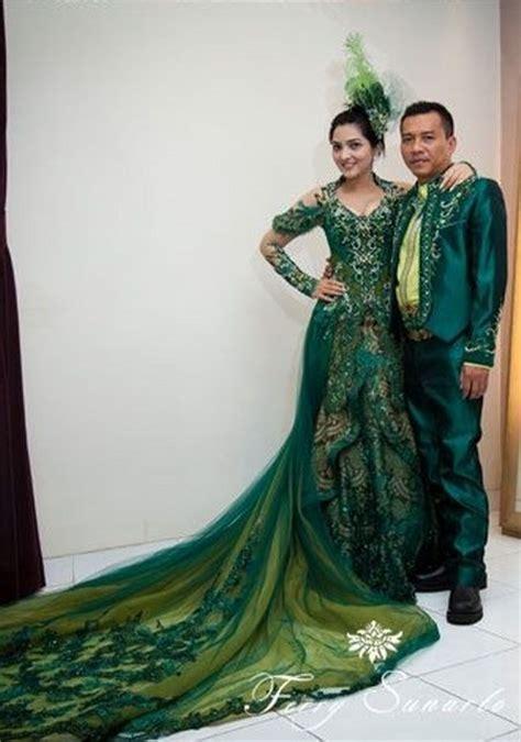 Batik Anang by Ragam Busana Kebaya Ashanty Ide Model Busana