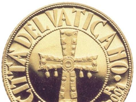 banche vaticano il papa ritira tutti i fondi dello ior vaticano dalle