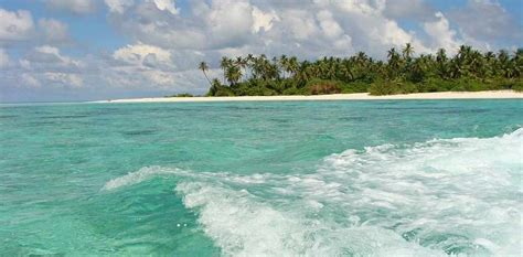 Maldives Islands Sinking by Spot Pay 15 5 M For A Real Tropical Quot Sinking Fund Quot