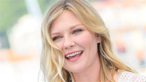 Shop For Kitchen Cabinets by Kirsten Dunst Says She S Ready To Be A Mom Today Com