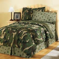 Camo Bedding Sets At Walmart Hometrends Camouflage Ii Comforter Set Bedding Walmart