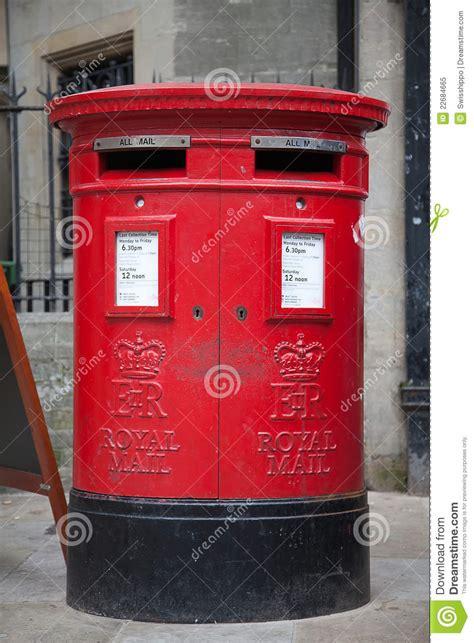 cassetta postale inglese cassetta postale rossa a londra fotografia stock libera da