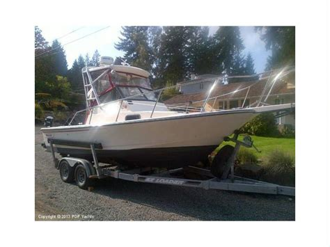 boston whaler walkaround boats boston whaler 21 walkaround in florida power boats used