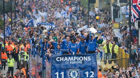 chelsea parade heroes welcome for triumphant chelsea uefa chions