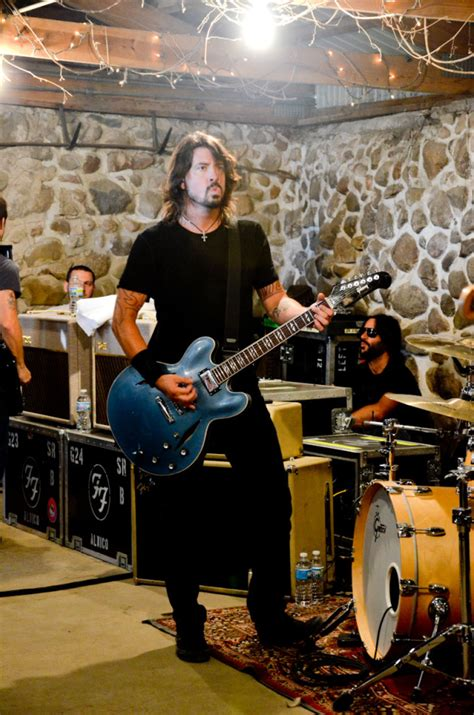 foo fighters garage foo fighters rocked a white lake apple orchard