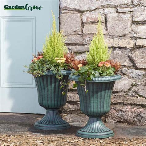garden grow set   urn planters clifford james