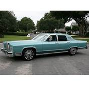 1978 Lincoln Continental With Wire Wheel Covers  CLASSIC